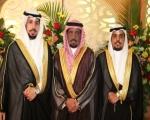 الزميل رئيس التحرير هاني شاكر يحتفل بزواج أبناء خاله نواف ومحمد عيسى العنزي  (صور)